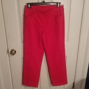 RED PANTS. C6